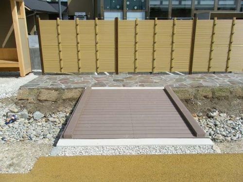 羽島用水整備(岐南地区) 再生木材人道橋