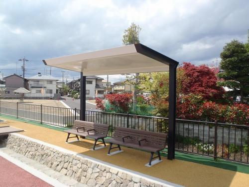 羽島用水整備(岐南地区) シェルター+ベンチ