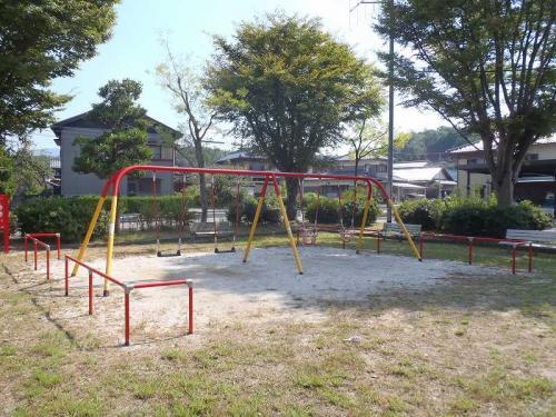 瑞浪市 南松公園 4連ブランコ(幼児用)+安全柵