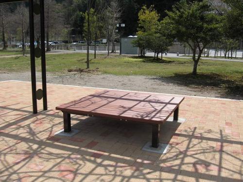 関市 縁台(リサイクル材仕様)