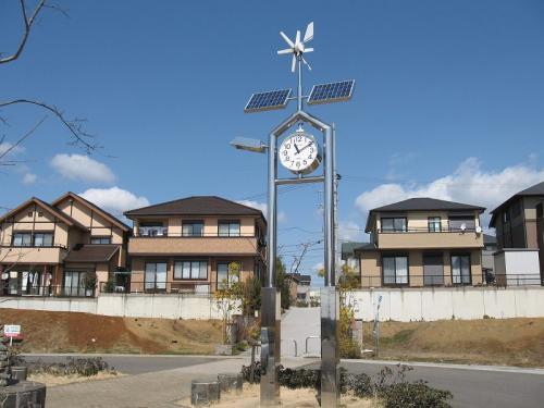 美濃加茂市 中部台  モニュメント時計塔