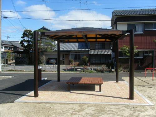 関市 観音公園 東屋+縁台